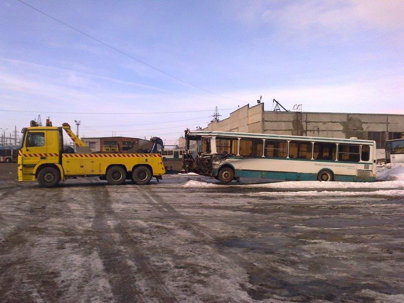 Грузовой эвакуатор : цена за доставку грузового автомобиля